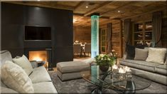 rusztikus modern nappali design (Luxuslakás 7) Cottage Homes, Couch, Country, Furniture, Home Decor, Farm Cottage, Cottage Chic, Homemade Home Decor, Sofa