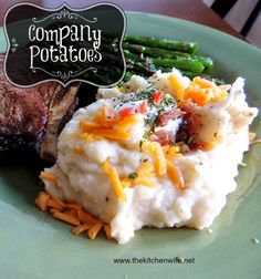 ~The Kitchen Wife~: Company Mashed Potatoes....