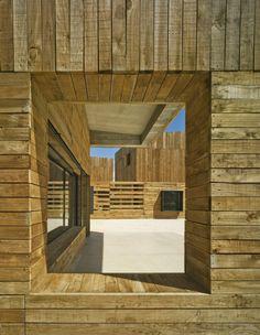 Casa Para Três Irmãs / Blancafort-Reus Arquitectura