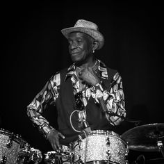 Tony Allen med band cropped (231308) - Tony Allen (musician) - Wikipedia, the free encyclopedia