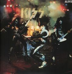 Kiss / Alive (2PC) 2008 double vinyl LP repressing of this classic live album from the Glam/Hard Rockers, originally released in 1975.