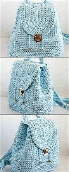 Diy amazing crochet handbag amazing crochet diy handbag stitchingneedlework dog sweater instructions for any size dog Mode Crochet, Crochet Diy, Crochet Wool, Crochet Crafts, Crochet Stitches, Crochet Projects, Fabric Crafts, Afghan Crochet, Crochet Blankets