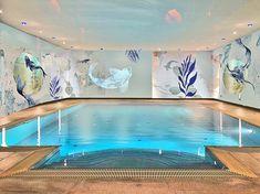 Individuelle Illusionsmalerei in einem Schwimmbad vom Studio Alina Cesár Swimming Pools Backyard, Studio, Luxury, Outdoor Decor, Design, Home Decor, Illusions, Paint Techniques, Mural Painting