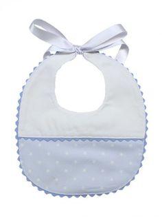 Babero pique Baby Boy Shower, Baby Shower Gifts, Eid Stickers, Baby Bibs Patterns, Baby Boy Bibs, Bib Pattern, Patchwork Baby, Baby Bonnets, Baby Hands