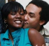 Welcome to ZettaBlog.com: FREEZE ONCE DATED BASKETMOUTH'S WIFE?