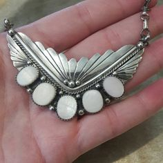 """Beautiful Old Pawn Sterling MOP 17"""" Necklace Marked 925 on clasp, beautiful 5 bezel set MOP. Set in a Navajo bold etched  bib style pendant 26.4"""" grams. 5 large Mother of Pearl stones. Vintage Jewelry Necklaces"""