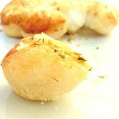 Cheese, Parmesan Pull Aparts, Parmesan-Coated Biscuits Are Baked In A Buttery Herb Sauce Creating A Quick And Easy Dinner Roll.