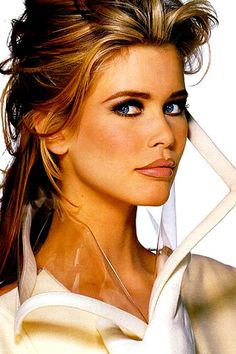 Claudia Schiffer. early 90s makeup. Brown lipliner, strong brow and smudged eyeliner