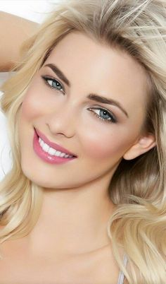33 best natural makeup What is natural makeup (no makeup)? First, let's define this concept. Natural makeup is what we look like . Beauté Blonde, Blonde Beauty, Beauty Skin, Blonde Women, Most Beautiful Eyes, Stunning Eyes, Beautiful Women Pictures, Beautiful Girl Image, Gorgeous Women