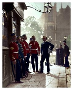 Incredible colourised pics bring Victorian era to life revealing London's busy streets in decade Charles Dickens died Victorian Life, Victorian London, Vintage London, London Charles, British Army Uniform, London School Of Economics, Royal Engineers, British History, American History