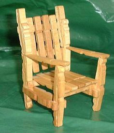 Quirky Artist Loft: DIY Barbie Deck Chair from Clothes-Pins Wooden Clothespin Crafts, Wooden Clothespins, Diy Barbie Furniture, Dollhouse Furniture, Popsicle Stick Crafts, Craft Stick Crafts, Popsicle Sticks, Barbie Doll House, Barbie Dolls