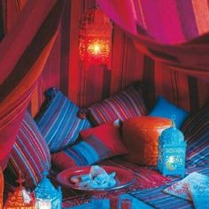 romantic and relaxing place to have dinner... or, more realistically, to read a book