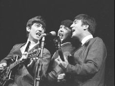 George Harrison, Paul McCartney, & John Lennon performing on stage, April 1963 The Beatles History, The Beatles Live, Paul Mccartney, Great Bands, Cool Bands, Beatles Bible, Pop Art Images, Jane Asher, A Hard Days Night