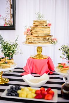 Pancakes and Mimosa Brunch Bridal Shower | Styled Shoot | Aisle Perfect: http://aisleperfect.com/2016/04/pancakes-mimosas-bridal-shower.html #brunch #bridal #shower #pancakes