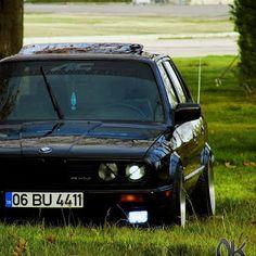 bmw e30 resimleri - 2-Tuning-Cars-Araba-Girls-Kız-Otomobil-Modifiye