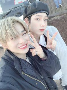 Videos Kawaii, Yoon Park, Selca, V Bts Cute, Jake Sim, Sung Hoon, Twitter Update, My Land, Naha