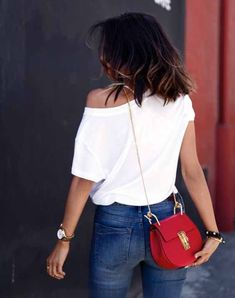 I was definitely having a good hair day that day! Loved my hair dark and short with just a bit of ombre on the ends. Wearing a casual outfit - plain white t shirt off the shoulder, blue jeans, and a red Chloe bag for a pop of color Red Purse Outfit, Chloe Drew Bag, It Bag, Black Strap Heels, Viva Luxury, Best Street Style, Outfits Otoño, Red Purses, Fashion Mode