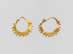 Earring, crescent-shaped, decorated - Gold 1st C Roman The Met