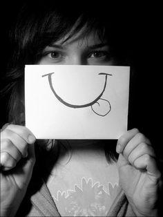 Keep Smiling: 80 Beautiful Photographs Reflecting Happiness