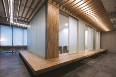Interiors Korea Japanese Interior Design, Office Interior Design, Interior And Exterior, Traditional Interior, Traditional House, Cafe Design, House Design, Interior Concept, Shop Interiors