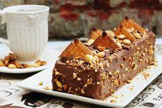 Tortulet cu biscuiti Petit Beurre,ciocolata si alune