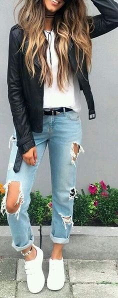 Looking for school outfit ideas? Find more amazing outfit ideas to create your own school style with women's clothing. Here are 25 cute and trendy fall outfit ideas for school. Fashion Mode, Look Fashion, Autumn Fashion, Womens Fashion, Trendy Fashion, Fashion 2016, Street Style Fashion, Fashion Design, Street Style Edgy