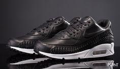 Zapatillas Nike Air Max 90 Woven Negro Blanco, ya puedes #compraronline en #ThePoint el modelo de zapatillas #retrorunning #NikeAirmax90Woven que #Nike lanza en esta colección #PrimaveraVerano2016, esta vez presentado en un colorway negro y blanco muy elegante, http://www.thepoint.es/es/zapatillas-nike/1899-zapatillas-hombre-nike-air-max-90-woven-negro-blanco.html