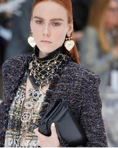 642f4b03ee5d3 Chanel Fall 2019 Ready-to-Wear Fashion Show Details  See detail photos for Chanel  Fall 2019 Ready-to-Wear collection.