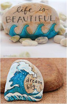 Pebble Painting, Pebble Art, Stone Painting, Watercolor Painting, Rock Painting Patterns, Rock Painting Designs, Rock Crafts, Arts And Crafts, Crafts With Rocks