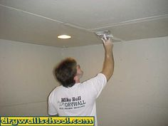 HOW TO HAND TAPE DRYWALL