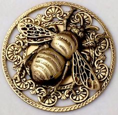 """BUG~Large Filigree Stamped Brass Vintage Style BUMBLE  BEE Picture Button~1 3/4"""""""