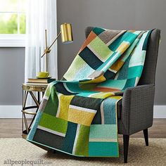 Beautiful quilt. Would make a great quilt for my Living room. Just tweak the colors a bit.