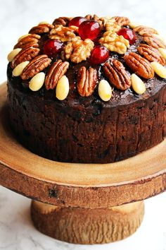 These best fruitcake recipes will change how you think about the classic Christmas dessert forever. Try one of these easy fruitcake recipes featuring delicious ingredients like chocolate and cream cheese. Christmas Cake Designs, Christmas Cake Decorations, Christmas Desserts, Christmas Fruitcake, Christmas Decor, Christmas Manger, Christmas Recipes, Christmas Wreaths, Vegan Christmas