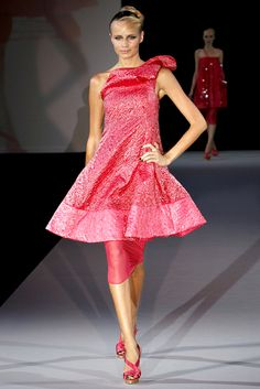 Emporio Armani Spring 2011 Ready-to-Wear Collection Slideshow on Style.com