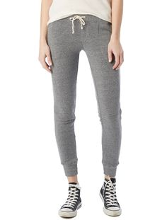 The ultimate sweat pant for ultimate comfort. Made from our signature Eco Fleece, this pant features tailored pockets and a tapered leg opening.