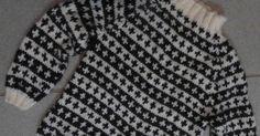 Så blev jeg også færdig med Bonderøvstrøjen / Islænderen. Den er i str. ca 3 år Når Oliver kommer imorgen sammen med lillebror Ellio...