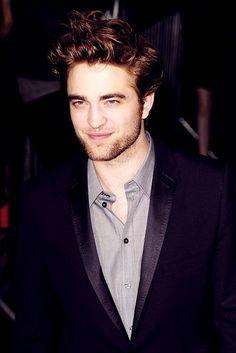 When u smile #Robert Pattinson