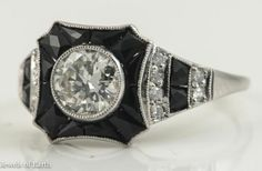 ANTIQUE ART DECO OLD MINE CUT DIAMOND ONYX ENGAGEMENT RING PLATINUM