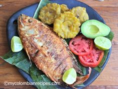 Pescado Frito Colombiano (Colombian-Style Fried Whole Fish) by My Colombian Recipes Colombian Cuisine, My Colombian Recipes, Colombian Dishes, Fish Recipes, Seafood Recipes, Cooking Recipes, Healthy Recipes, Fried Whole Fish, Fried Fish
