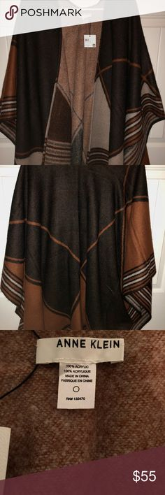 Anne Klein Split Wrap Never worn! Pairs great with neutral tones, SUPER WARM. 100% acrylic. Anne Klein Jackets & Coats Capes