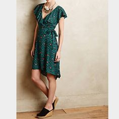 Super cute dress Anthropologie Like a new. Fit small or medium Anthropologie Dresses Asymmetrical