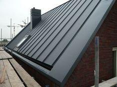 ZINKLOOK® ZINKLOOK® is een nieuw bekledingsmateriaal, wat zowel op het dak (mini...