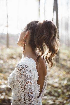 Editorial 'Fall in Love'  Vestido de novia Estonia  #YolanCris #Editorialnovia #Inspiración #Ideas #Ideasboda #bodarural #vestidodenovia #lookboho #noviaboho