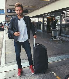 "Nick Viall talks 'The Bachelor:' I don't think I ever made an easy decision in the entire process Nick Viall opens up about his The Bachelor journey -- including whether he feels he played by the rules while filming his season since he was an ""unconventional choice"" for the leading role. #TheBachelor #KaitlynBristowe #AndiDorfman #NickViall #JenniferAniston @TheBachelor"