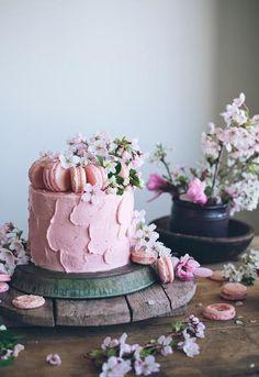 Neapolitan Cake on Yahoo Food from Linda Lomelino, author of Lomelino's Cakes