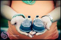 I'll definitely be making some little shoesies for the new baby and would like some cute pics like this.