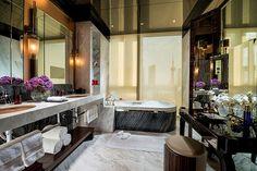 Four Seasons Hotel Shanghai     Presidential Suite Bathroom