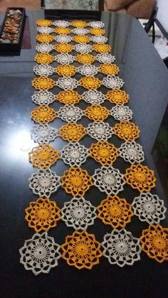 Camino de mesa crochet                                                                                                                                                                                 Más