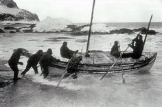 A photographic highlight selected by the picture desk. Frank Hurley's photograph of Sir Ernest Shackleton and his crew setting off on an epic journey across the Southern Ocean in an open boat Old Pictures, Old Photos, Heroic Age, Survival, Robert Falcon Scott, Photojournalism, Arctic, Istanbul, Ocean