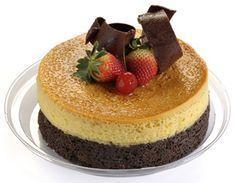 Pastel imposible Flan Cake, Cheesecake Cake, Dessert Bar Wedding, Dessert Bars, Dessert Tables, Chocoflan Recipe, Cooking Challenge, Good Food, Yummy Food
